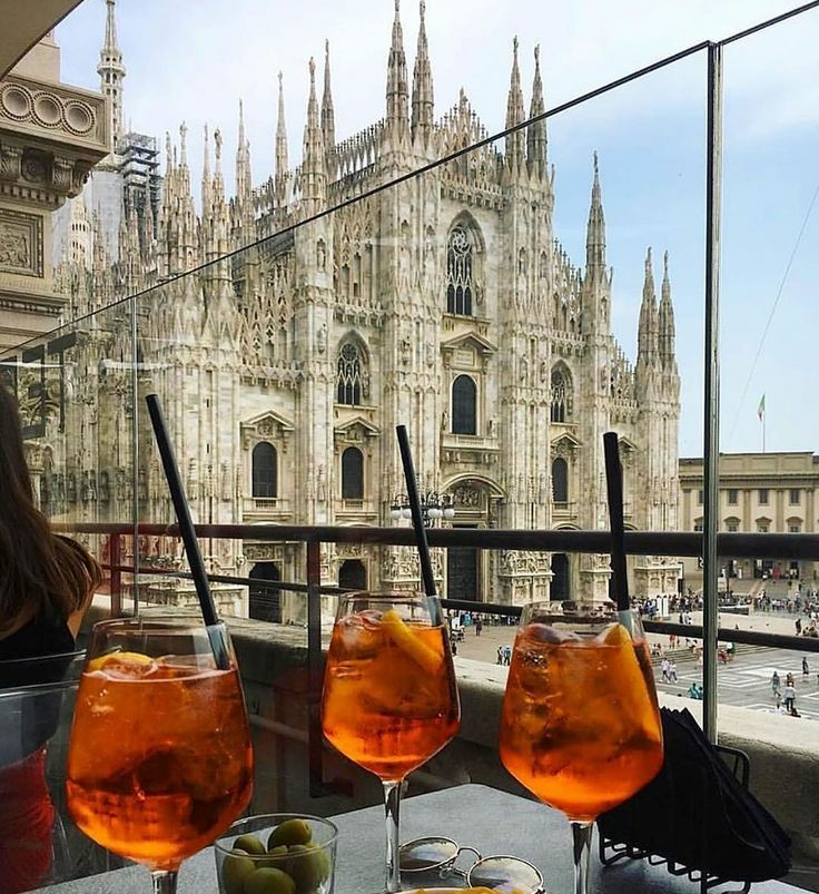 Site- ul de intalnire din Milano.